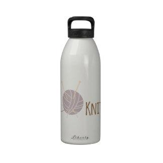 Ingenio de punto botellas de agua reutilizables