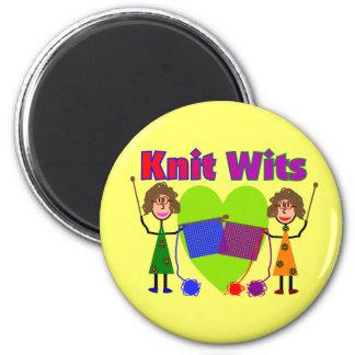 Ingenios de punto--Dos señora Knitters Imán Redondo 5 Cm