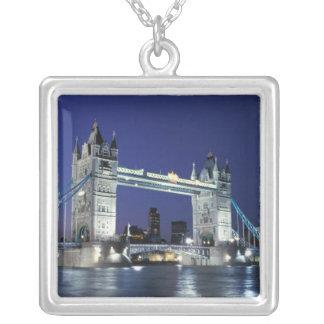 Inglaterra, Londres, puente 3 de la torre Colgantes