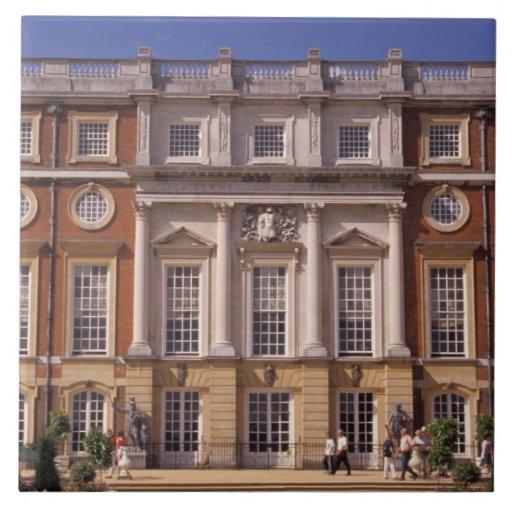 Inglaterra, Surrey, palacio del Hampton Court. 2 Tejas Cerámicas