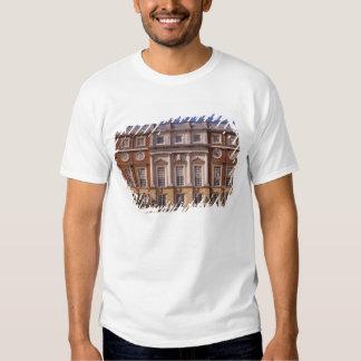 Inglaterra, Surrey, palacio del Hampton Court. 2 Camisas