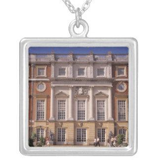 Inglaterra, Surrey, palacio del Hampton Court. 2 Colgante Cuadrado