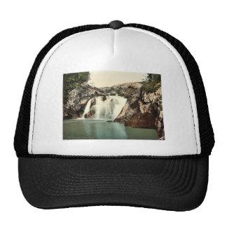 Ingleton, Beesley Falls, Yorkshire, England classi Trucker Hat