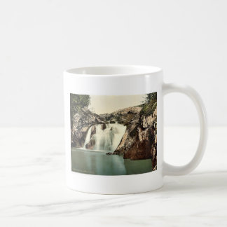 Ingleton, Beesley Falls, Yorkshire, England classi Mugs