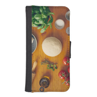 Ingredients for making pizza iPhone SE/5/5s wallet case
