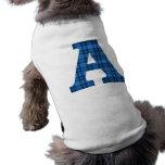 Inicial azul A de la tela escocesa Camiseta De Perrito