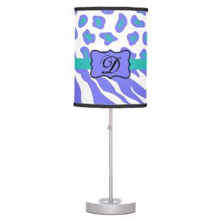 Inicial blanca del monograma de la piel del lámpara de mesa