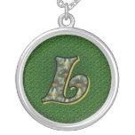 Inicial con monograma L collar del diseño de las m