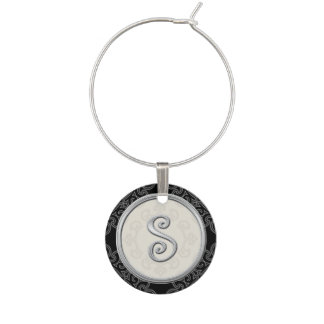Inicial de plata elegante S del monograma Identificadores De Copas