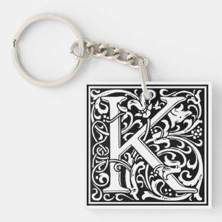 """Inicial decorativa """"K"""" de la letra Llavero Cuadrado Acrílico A Una Cara"""