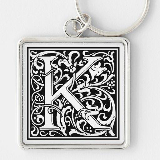 """Inicial decorativa """"K"""" de la letra Llavero Cuadrado Plateado"""