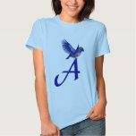 Inicial del monograma una camisa del Bluebird