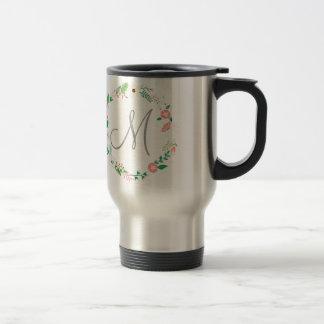 Inicial floral del monograma de la guirnalda taza