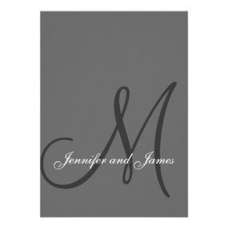 Inicial gris elegante de las invitaciones del boda anuncio personalizado