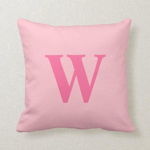 Inicial rosada personalizada cojin