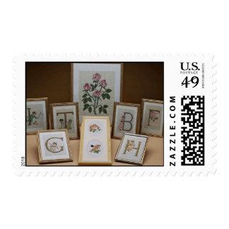 Iniciales bordadas inspiradoras en marcos sellos postales