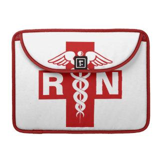 Iniciales de la enfermera fundas para macbook pro