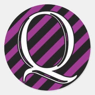 Initial Q Classic Round Sticker