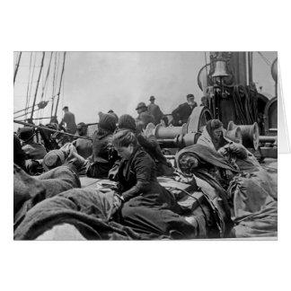 Inmigrantes a bordo del buque de vapor tarjeta de felicitación
