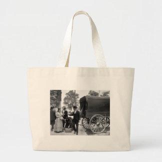 Inmigrantes en el parque de batería, 1900 bolsa lienzo