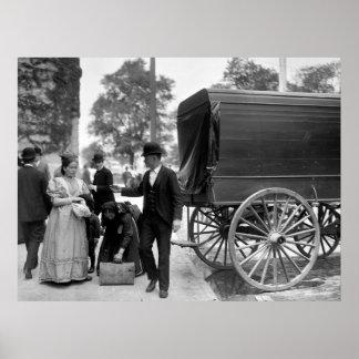Inmigrantes en el parque de batería: 1900 posters