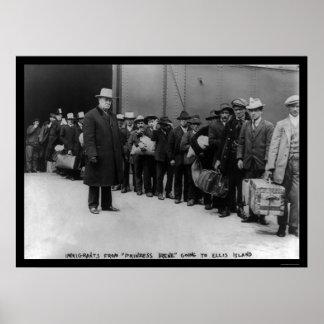Inmigrantes que van a la isla de Ellis 1911 Póster