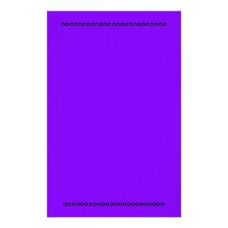 Inmóvil púrpura papelería de diseño