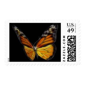 Insecto de vuelo anaranjado de la mariposa del sello