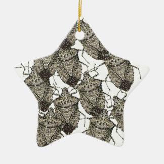Insectos del hedor bedazzled adorno de cerámica en forma de estrella