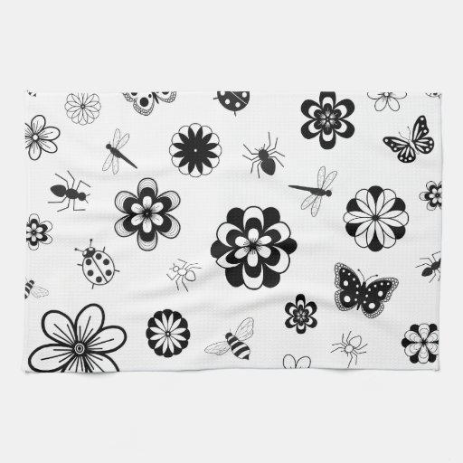 Insectos del vector y flores (versión B) Toallas