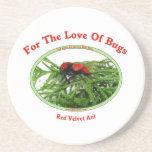 Insectos rojos del amor de la hormiga del terciope posavasos para bebidas