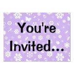Insectos y flores blancos (fondo púrpura) del invitación 13,9 x 19,0 cm
