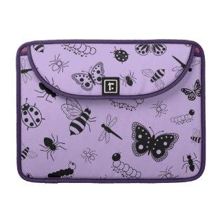Insectos y mariposas lindos (parte posterior del funda para macbooks