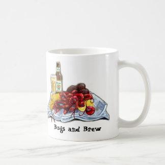 Insectos y taza del Brew