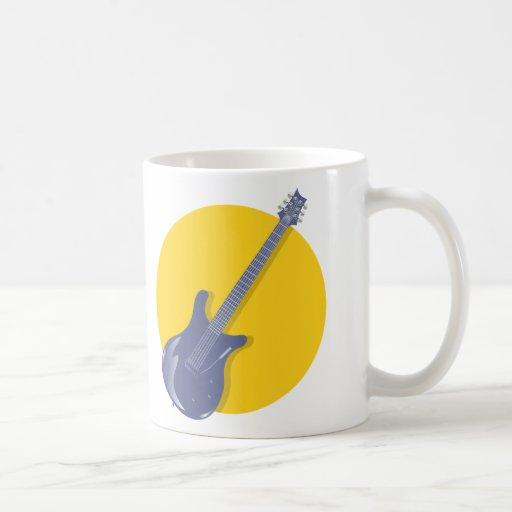 Insignia de la guitarra tazas de café
