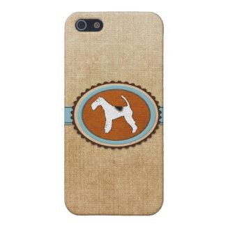 Insignia del emblema del perro del fox terrier iPhone 5 fundas