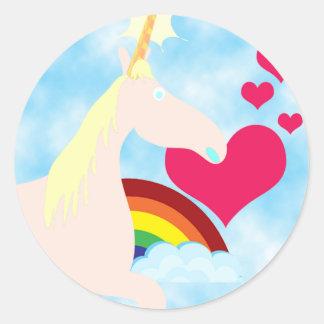 Insignia dulce del unicornio y del arco iris etiquetas redondas