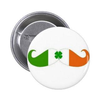Insignia irlandesa del bigote pins