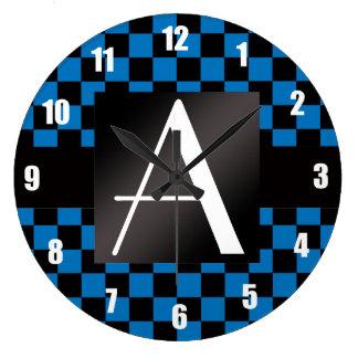 Inspectores azules y negros del monograma reloj