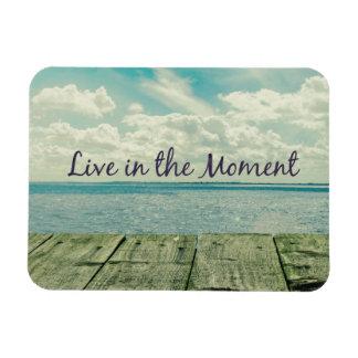 Inspirado viva en la cita del momento rectangle magnet