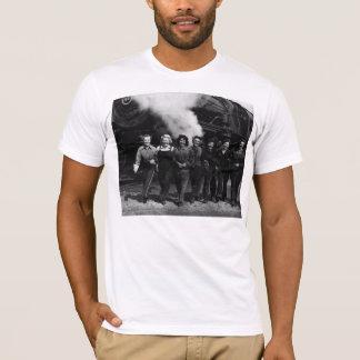 Inspirational World War I Women Railroad Workers T-Shirt