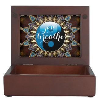 Inspire la caja bohemia del recuerdo de YinYang de Caja De Recuerdos