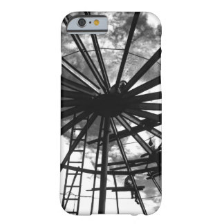 Installing cross beams on a 10,000_War Image Barely There iPhone 6 Case