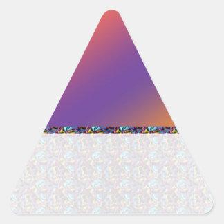 Instinto del color: Compre en blanco o añada la Pegatina Triangular