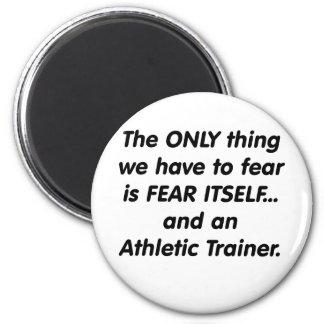 Instructor atlético del miedo imán redondo 5 cm