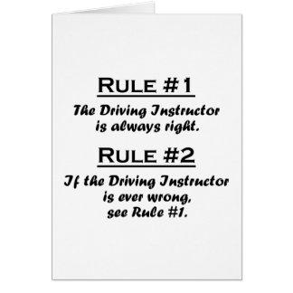 Instructor de conducción de la regla tarjeta pequeña