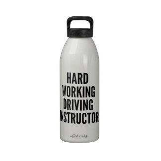 Instructor de conducción de trabajo duro