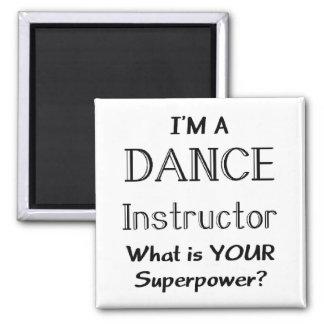 Instructor de la danza imán cuadrado