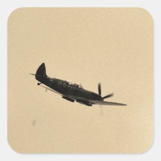 Instructor del Spitfire en vuelo Pegatina Cuadrada