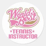 Instructor lindo del tenis pegatina redonda
